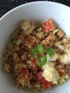gezond lunchen; quinoa salade